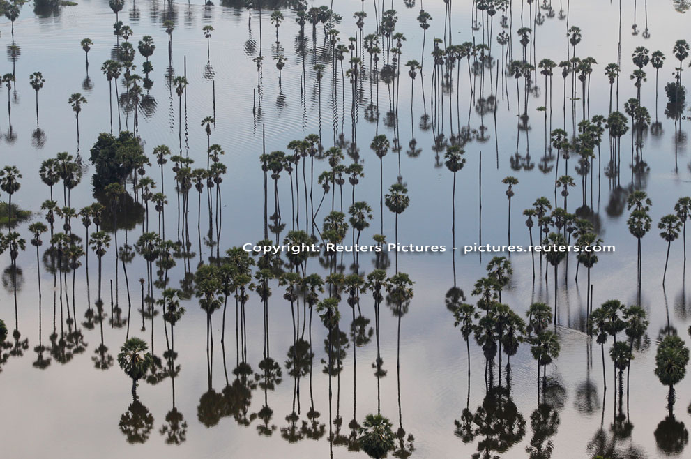 Elképesztő fotók a thaiföldi áradásokról