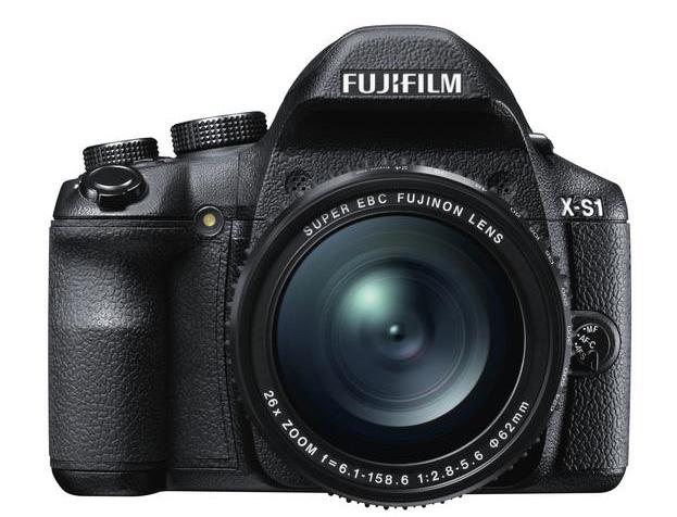 Fujifilm X-S1: kitartanak a bridge kategória mellett