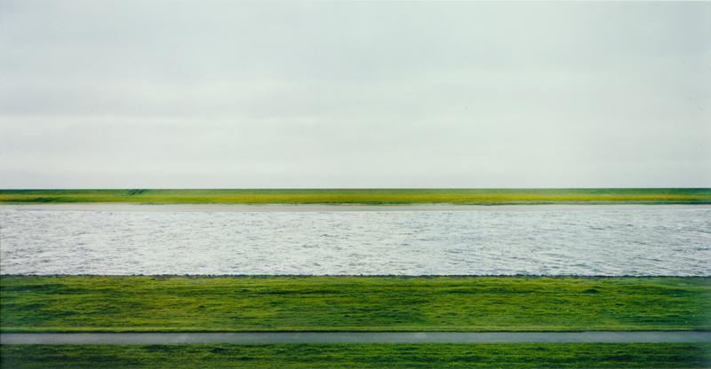 Miért Gursky Rajna-fotója a legdrágább?
