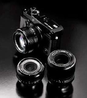 Itt a fullframe-verő Fujifilm X-Pro 1