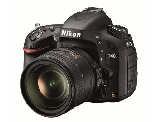 Nikon D600 – D800 összehasonlítás