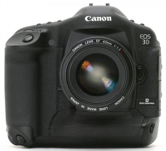 Októberben jön a 46 megapixeles Canon…