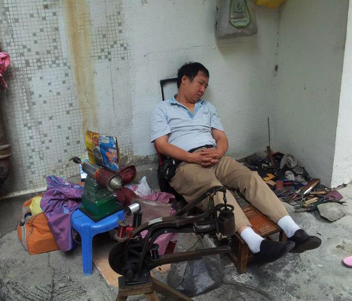 """""""Aludj el szépen kicsi Lee!""""- Kovács Noémi fotósorozata Kínából"""