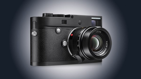 Leica-M-Monochrom-Hero02-1200-80