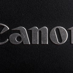 FRISSÍTVE: Belépőszintű lesz az új Canon mirrorless