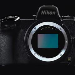 Hétindító mosolyogtató: amikor a Nikon még ellenállt az ördögnek :)
